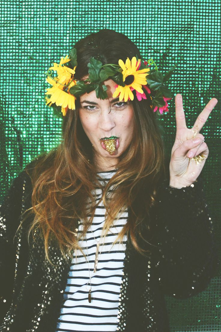 vitamine blij, creative, festival, concepts, craft, DIY, glitter, dress up, costume, circus, trip, space, show, entertainment, party concept, styling, style, fashion, party fashion, shine