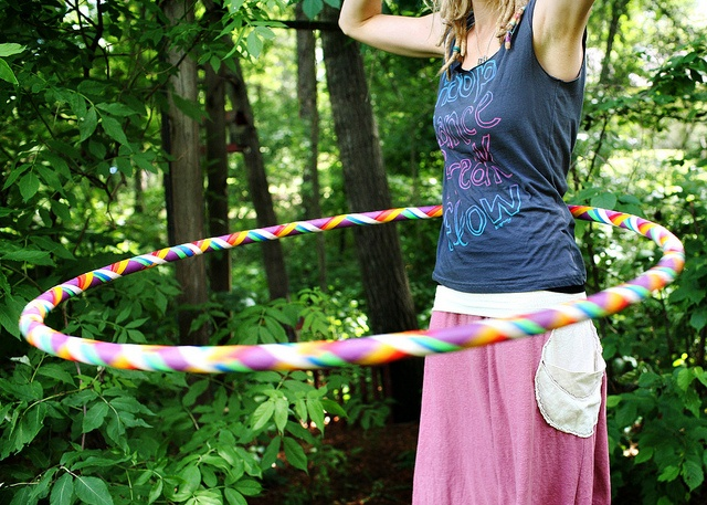 Hooping by Sara Janssen. I love her blog the Happy Hoop.