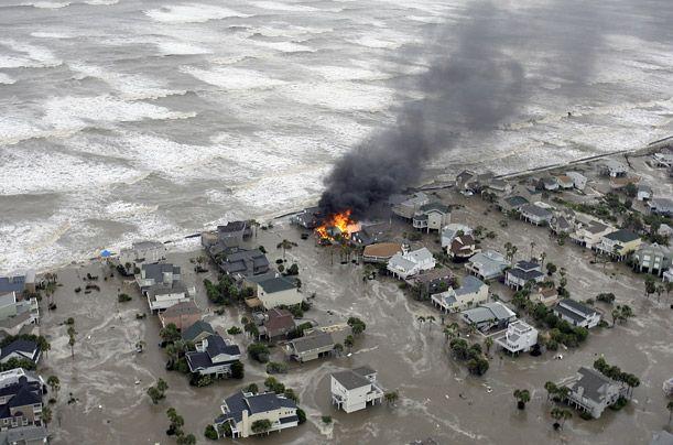 Hurricane Ike sweeps across the Gulf - fires broke out after Ike hits Galveston Island