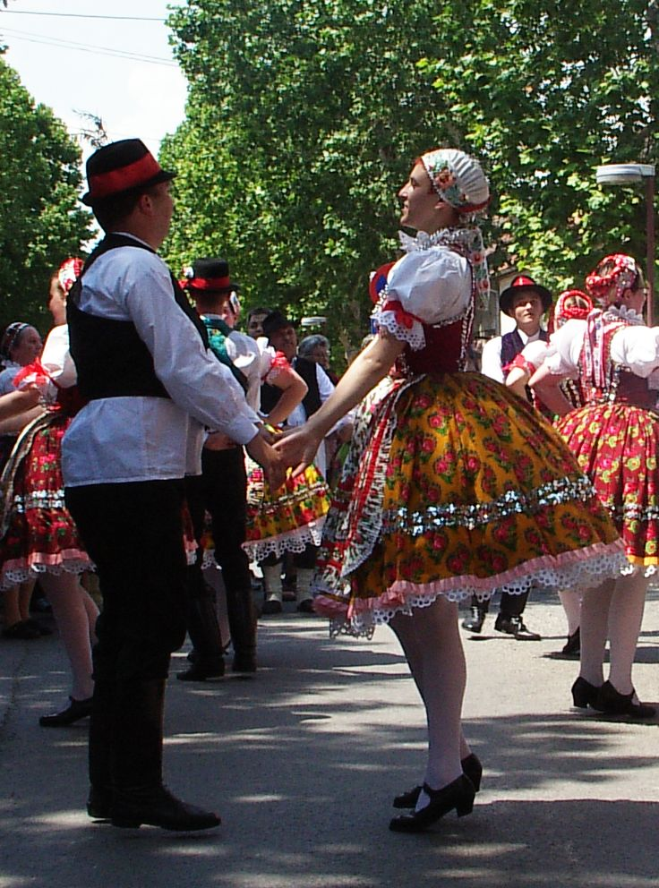 traditional costumes of hungary - Google Search