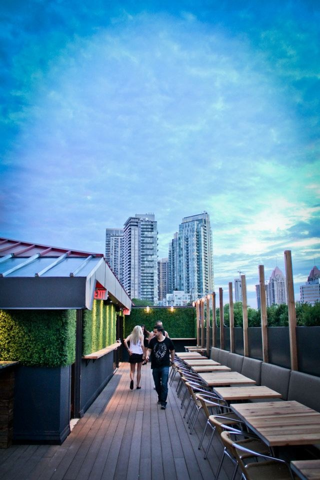 &Co Resto Bar & Lounge