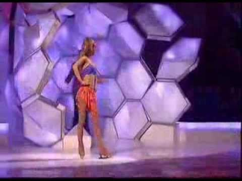 Todd Carty Spectacular Stumble Off Set - Live On Dancing On Ice - ITV1 -...