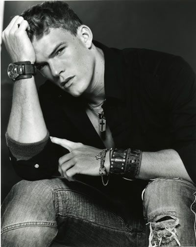Alan Ritchson; I would happily marry him any day. As Thad, no one has made me laugh more. Favorite episode ever: Drug Olympics