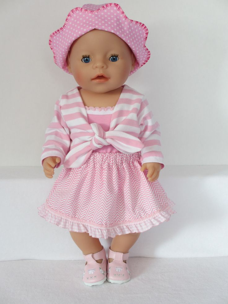 Voor Baby Born Girl Een roze met wit setje  Kijk voor meer leuke kleertjes www.rosalinpoppenmode.nl