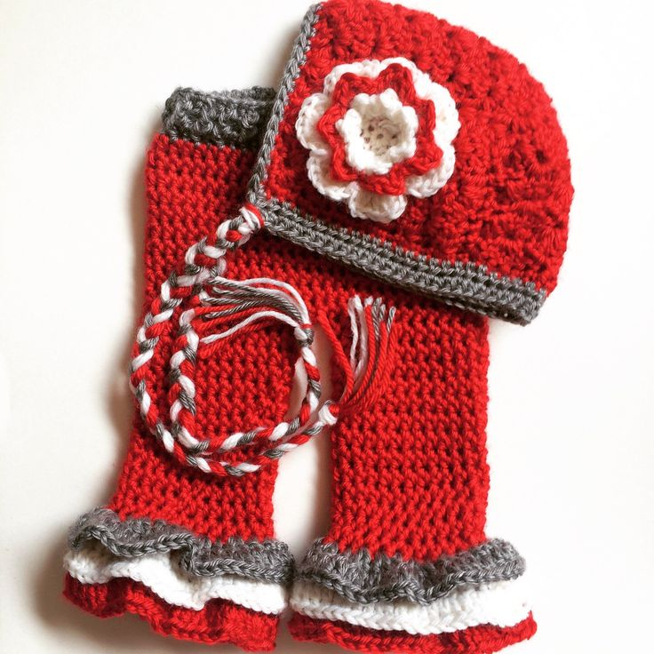 Ohio State Colors Newborn Photography Prop Pants and Bonnet Set by EmeliaCorbinDesigns on Etsy https://www.etsy.com/listing/237568278/ohio-state-colors-newborn-photography