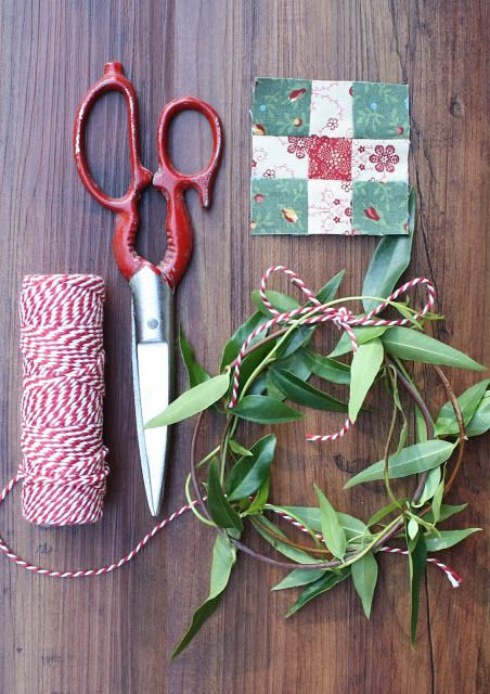 Temecula Quilt Company: We Wish You A Mini Christmas | Block Twelve