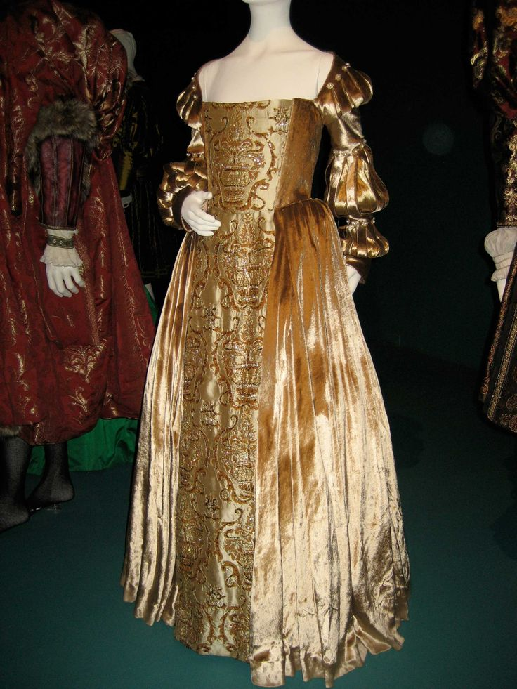 A golden velvet and brocade gown worn by Scarlett Johannson as Mary Bolyn in The Other Bolyn Girl.