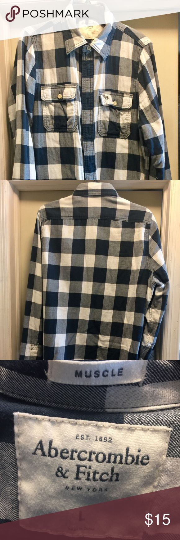 Abercrombie Men's Button Down Shirt Abercrombie men's button down shirt.  Size is large. This shirt is in like new condition.  Bundle to save on shipping. Abercrombie & Fitch Shirts Casual Button Down Shirts