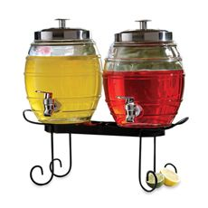 Serve your party guests with the Style Setter pub beverage dispenser set.