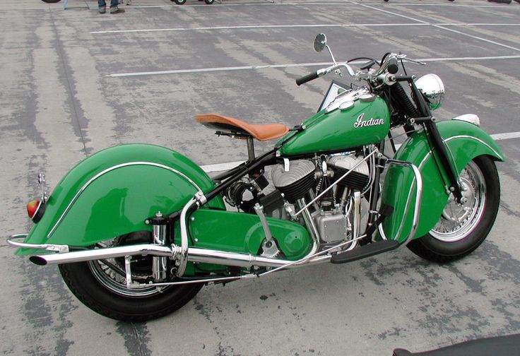 Clean green '48 Indian chief m/c Aint this the prettiest ...