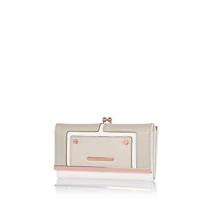 Grey contrast panel clip top purse £17.00