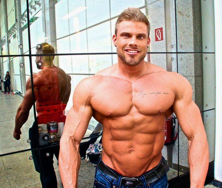 Bodybuilder Koma