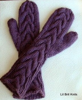 Hand Knitted Bella Swan Mittens in Purple mitones - guantes Pinterest S...