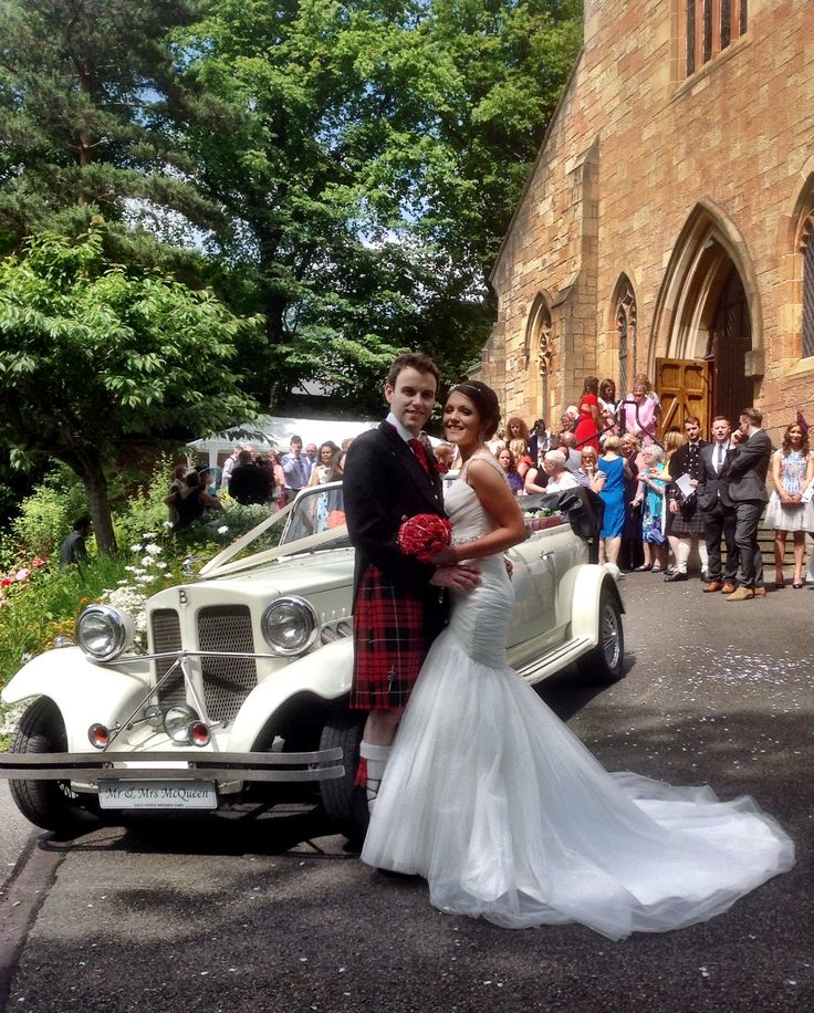 Beautiful bride, beautiful day, beautiful Beauford car. www.goldchoiceweddingcars.co.uk