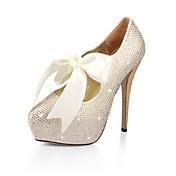 el talón de satén de aguja cerrada bombas de dedo del pie del partido / la noche zapatos con diamantes de imitación