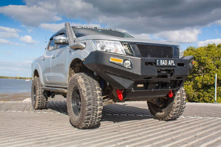 "The #Nissan #Navara NP300 3"" & 4"" kits as used in the Bad Apple #NP300 are now available on our website #liftkits - https://goo.gl/8VzfY3"
