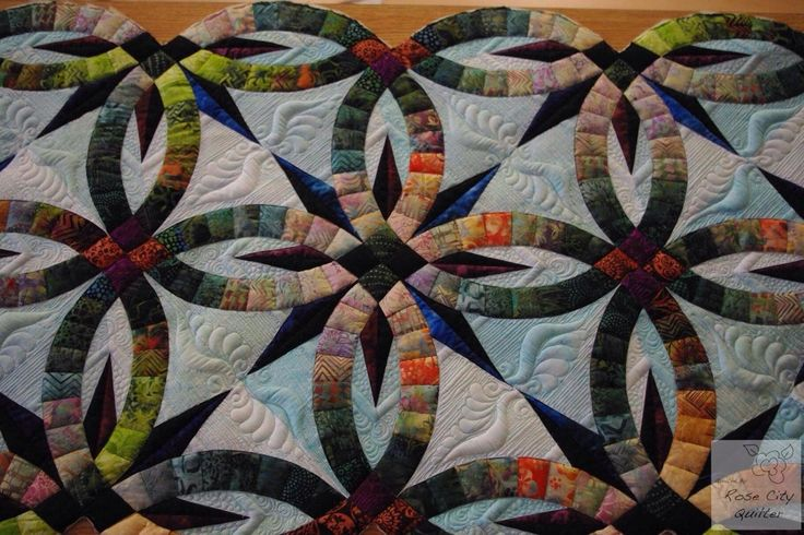 Quilted by RoseCity Quilter (Ardelle Kerr)Pieced by Roger Kerr Pattern, Bali Bed Runner by Quiltworx