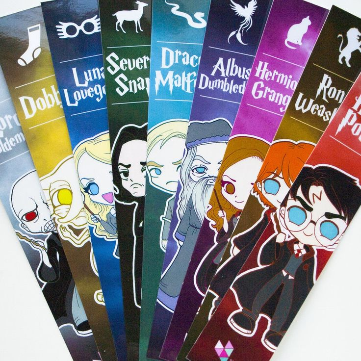 Bonitos puntos de libro plastificados con ilustraciones de 9 personajes de la mítica saga Harry Potter, acompañados por un símbolo característico...