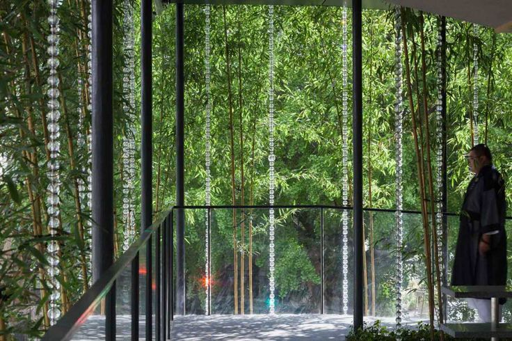 Ekouin-Nenbutsudo-Tokyo-Temple-Veiled-in-Trees-by-Yutaka-Kawahara-Yellowtrace-04