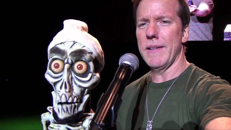 2 happy halloween from jeff dunham and achmed jeff for Achmed the dead terrorist halloween decoration