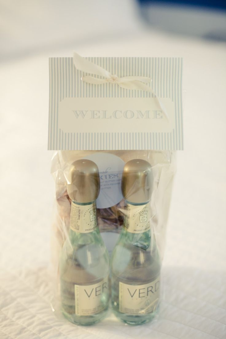 + ideas about Hotel Welcome Bags on Pinterest Welcome Bags, Wedding ...