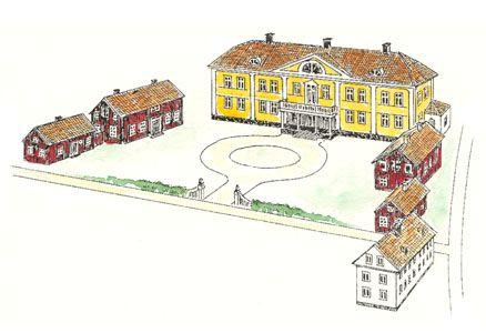 Östrabo består också av fyra flygelbyggnader samt ett fristående hus. I dessa byggnader har Växjö stiftskansli sin arbetsplats.
