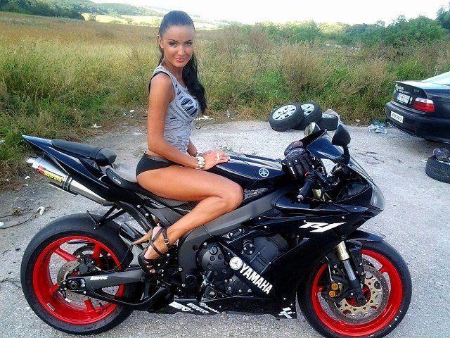 Hot Girl On Motorcycle Yamaha R1 Girl Pinterest Motorcycle Big Dog Motorcycle And Biker Girl