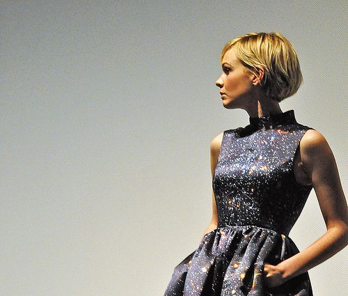 Carey Mulligan - love her dress and hair in this photo!