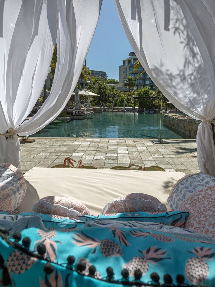 One&Only Cape Town - Pool Cabanas with Lalesso