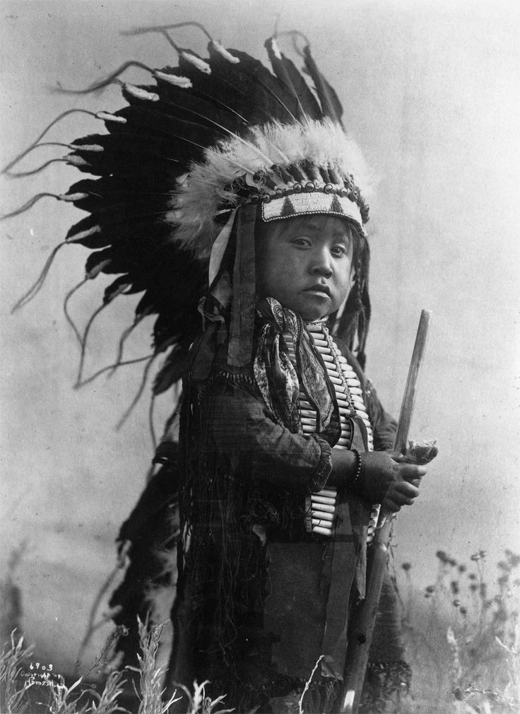Rare Photos Capture Native Americans In Early 1900s