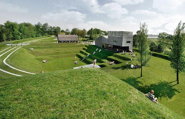 Ландшафтный дизайн участка со склоном