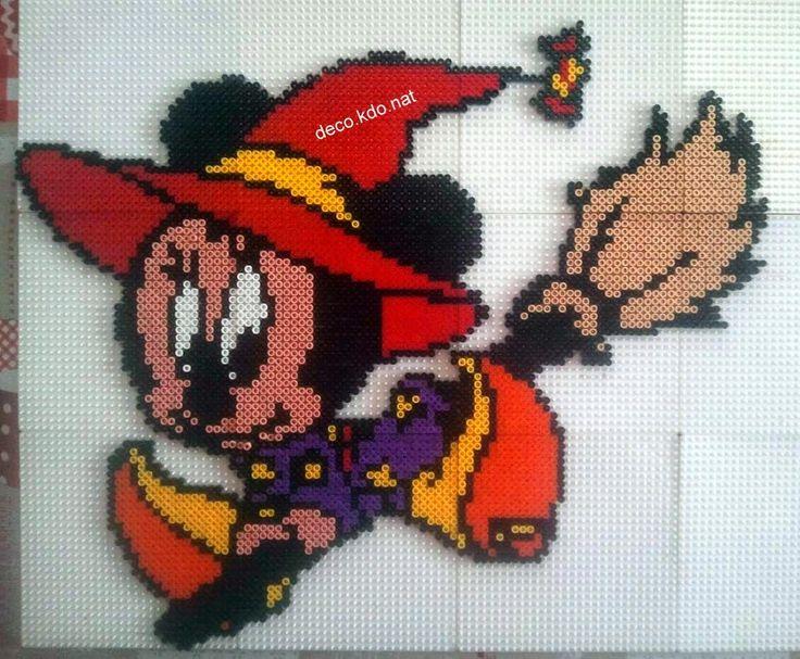 Witch Minnie - Halloween hama perler beads by Deco.Kdo.Nat - Pattern: http://www.pinterest.com/pin/374291419005751271/
