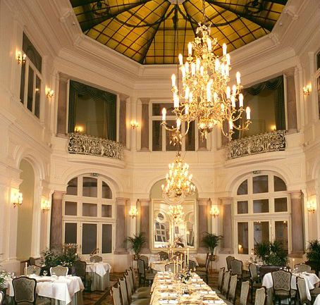 Grand Hotel Krakow, The Mirror Hall. The Mirror Hall restaurant is certainly one of the Old Town's finest halls.
