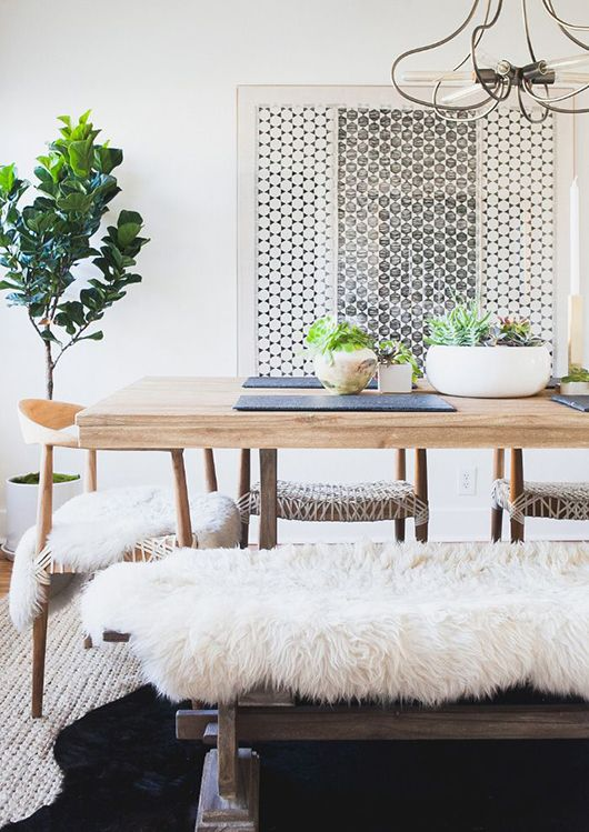Great styling with indoor plants. (when in drought / sfgirlbybay)Decor, Dining Rooms, Inspiration, Interiors, Diningroom, Dining Spaces, Dining Tables, Design, Rumi Neely