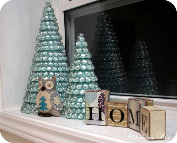 Dollar Store Crafts » Blog Archive » Make Glass Mosaic Christmas Trees