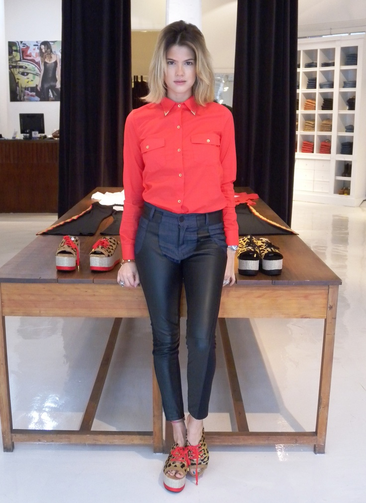 Mery Del Cerro: Camisa Bowie - Pantalon Clooney - Plataforma Margaret
