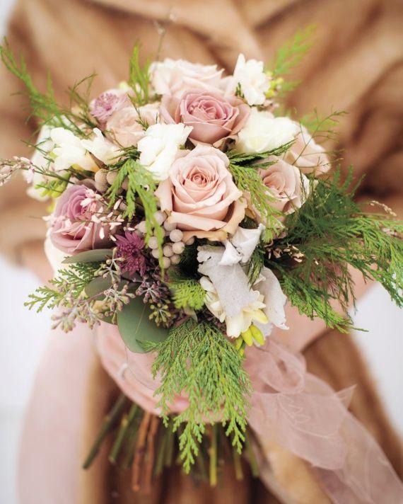 Best 25 winter bridal bouquets ideas on pinterest winter 18 prettiest bridal bouquets from winter weddings junglespirit Images