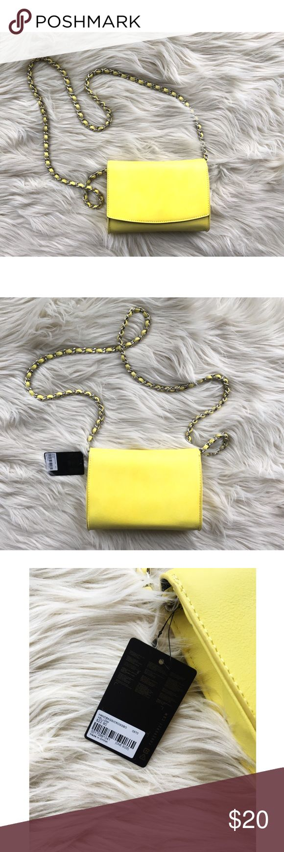 Forever 21 | Mini Neon Yellow Crossbody Bag NWT Forever 21 | Neon Yellow Crossbody handBag. Braided metal strap. New with tags! Never used, still has original stuffing. Perfect for spring and summer! Forever 21 Bags Crossbody Bags