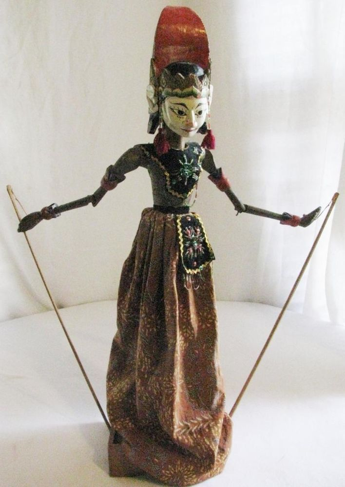 VINTAGE FOLK ART LESMANA WAYANG GOLEK THEATER HAND PUPPET INDONESIA JAVA
