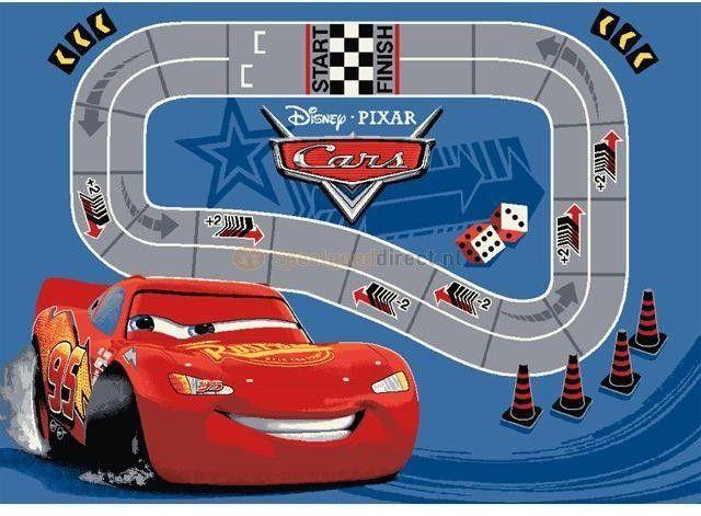 Speelkleed Cars Race  Heb jij een Cars fan? Kijk dan eens naar dit mooie speelkleed! Het is lekker zacht spelen op dit kleed. et kleed is vervaardigd van nylon.  EUR 21.99  Meer informatie