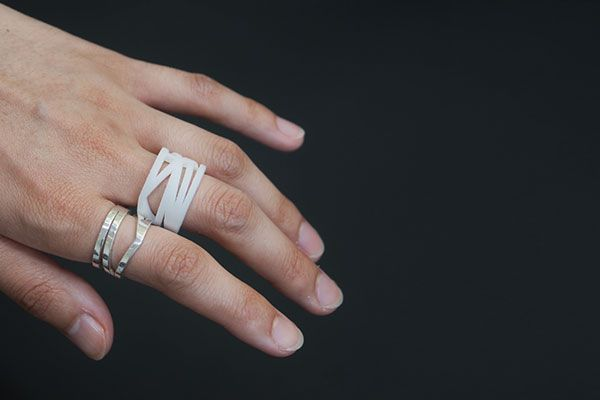 """""""Whether it's for a friend, a loved one, or yourself, Meshu helps you make beautiful mementos from the places that are important to you."""" / Now with custom rings for $30!"""