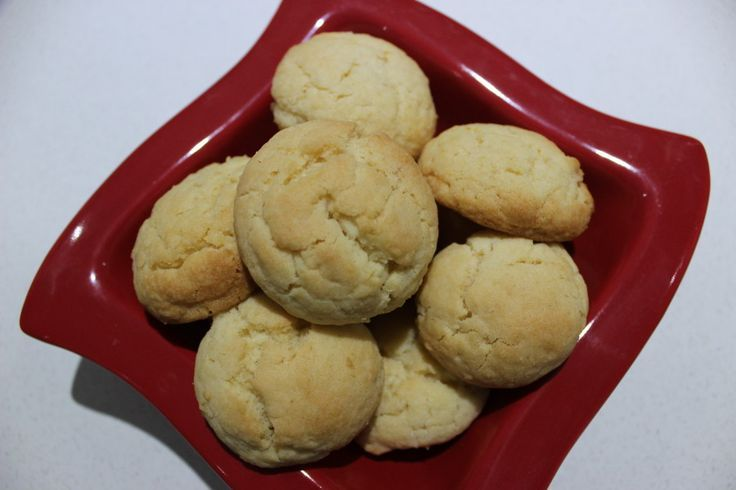 Auntie Betty Biscuits Can add extra bits to make three types of biscuits, e.g plain, 100s and 1000s, choc chip, chocolate