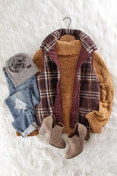 Burgundy Plaid Vest | Puffer Vest Outfits | Fall Fashion | Women's Fashion | cozy cute outfits to wear this Fall and Winter | therollinj.com