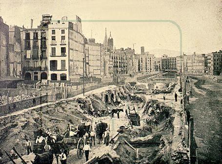 Estación Banco (L4): Obras en la Via Laietana en 1911 para hacer pasar el metro.