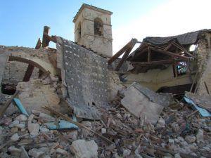 Terremoto, Visso città fantasma   Un paese distrutto dal sisma