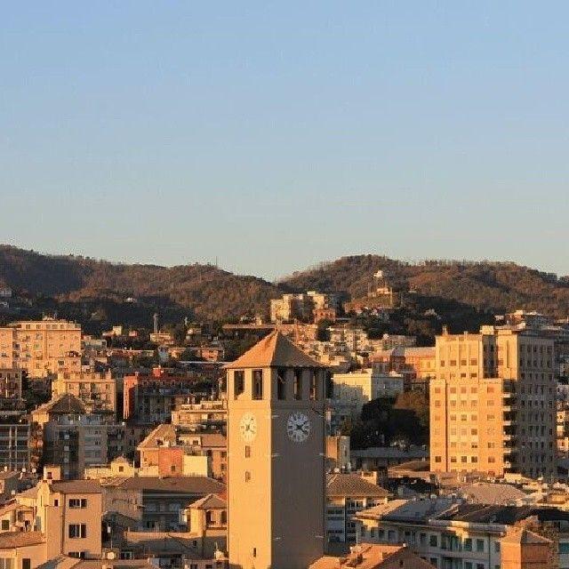 Savona  #panoramidiriviera Foto di @ilsavonese