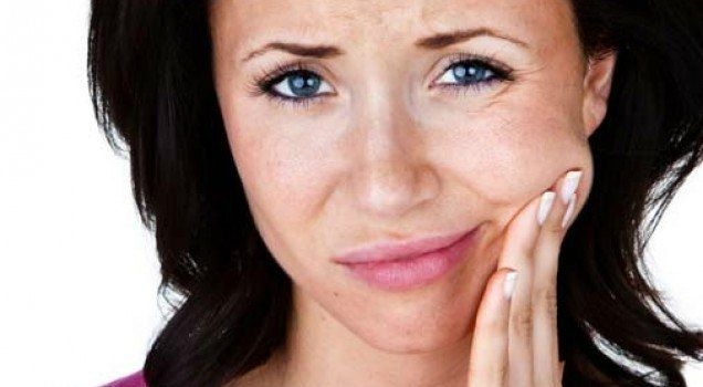 Los endodoncistas son especialistas que realizan procedimientos de endodoncia, tanto de rutina como complejos. Ellos también tienen entrenamiento en la búsqueda de la causa del dolor oral y facial que es difícil de diagnosticar.