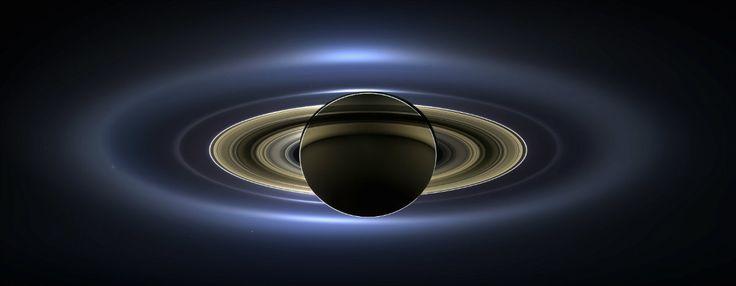 La #NASA presenta el mejor retrato de #Saturno y a la #Tierra sonriente. Conozca cómo se logró esta imagen y sobre el proyecto sonriente en: http://www.eluniverso.com/noticias/2013/11/14/nota/1727696/nasa-presenta-mejor-retrato-saturno-tierra-sonriente Foto: REUTERS/NASA