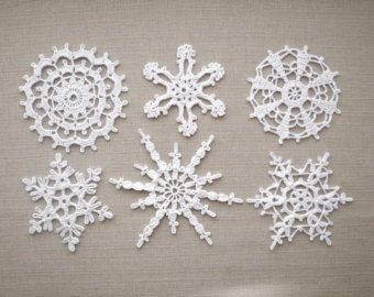 Copos de nieve blancas decoraciones caseras de Navidad de ganchillo adornos de encaje de Navidad decoraciones de boda, apliques blancos copos de nieve
