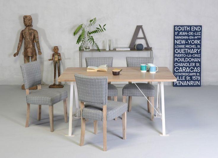 Table En Bois Blanche